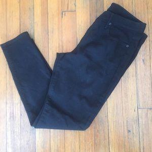NWOT Gap Mid Rise True Skinny Jeans in True Black